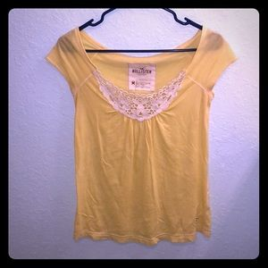 Hollister top size M